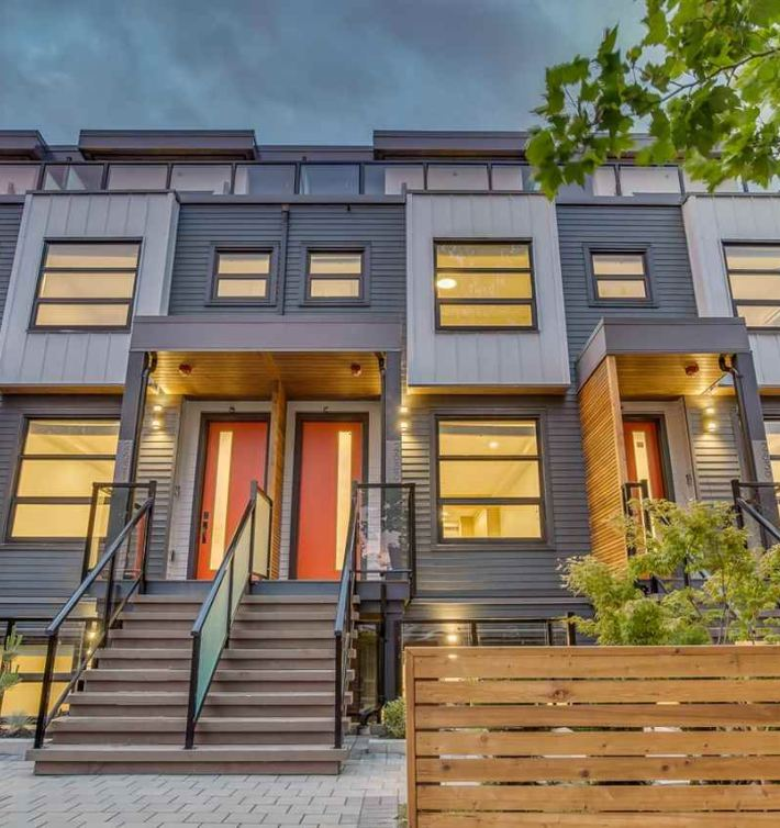 Collingwood Townhouse For Sale 2633 Duke St Vancouver MLS